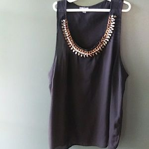 CHARLOTTE RUSSE BLK. DECORATIVE COLLAR SLEEVELESS